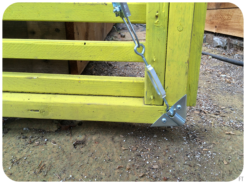 Easy Fix For Sagging Gates Fox On An Island